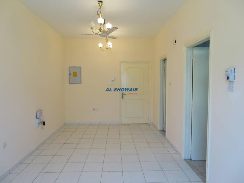 Wonderful Closed Kitchen studio in Al Hamriya Burdubai