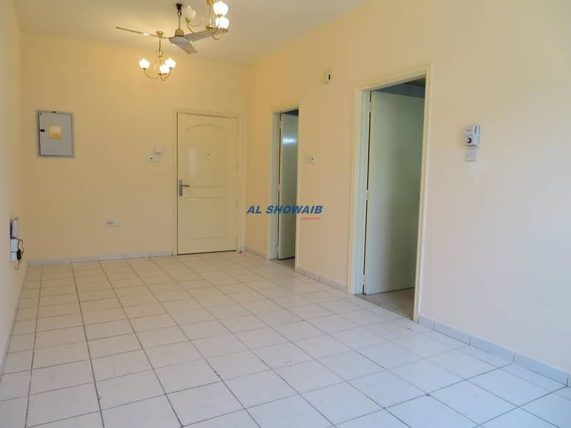 2 Wonderful Closed Kitchen studio in Al Hamriya Burdubai