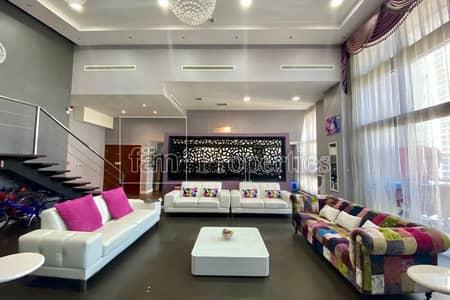 فلیٹ 4 غرف نوم للايجار في الخليج التجاري، دبي - One of a kind Loft|Upgraded|Unique Layout