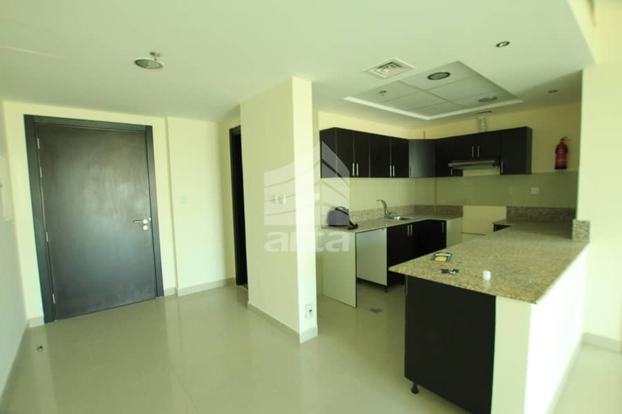 5 Spacious Apartment | Great View| Available for Viewing