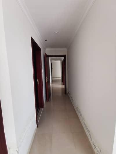 شقة 3 غرف نوم للايجار في شارع الشيخ مكتوم بن راشد، عجمان - 3 غرف نوم للايجار في برج الفاتح عجمان