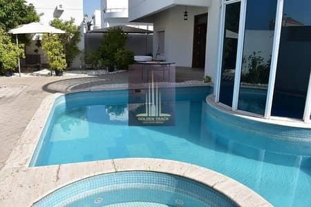 5 Bedroom Villa for Rent in Jumeirah, Dubai - Private Pool | Independet Villa | 5 BR Villa Near to Beach!