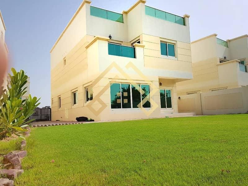 Most Luxuries  4BR+Maid Villa With Big Garden | JVC..