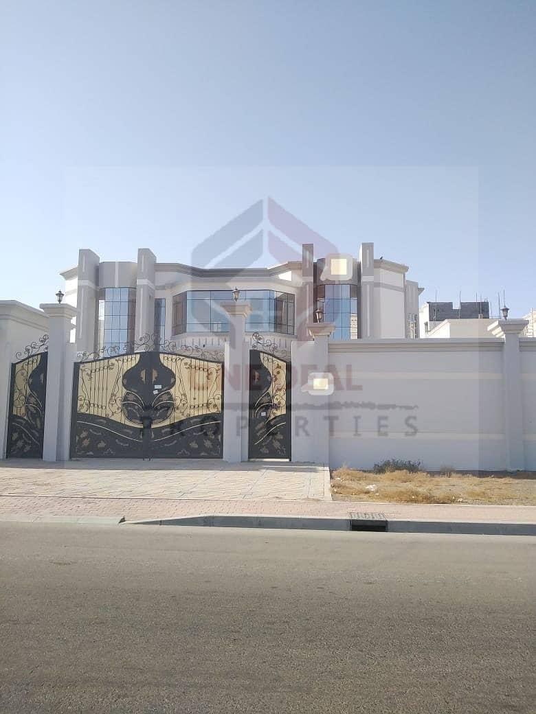 FOR SALE !! Independent 6bhk Villa in Sarooj AL AIN