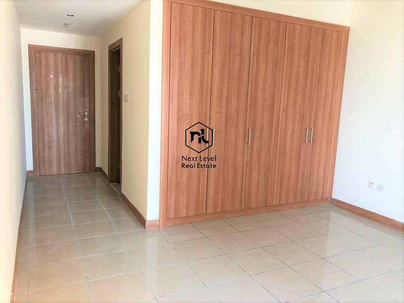 Spacious and Bright 2 BR Unit w. Sea View