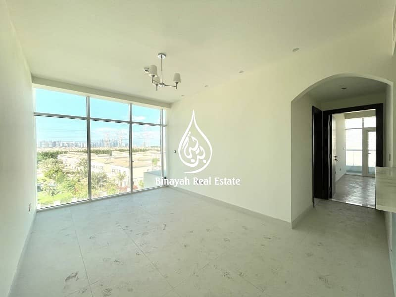Spacious 2 BHK| Credit Card Accepted |Park View