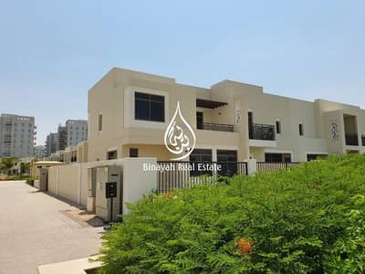 4 Bedroom Townhouse for Rent in Town Square, Dubai - Luxurious Villa|House like Resort |4 BD+Maid |