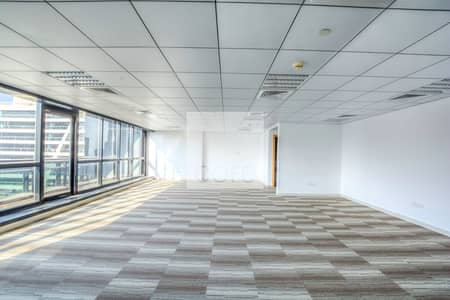 Office for Rent in Jumeirah Lake Towers (JLT), Dubai - Fitted Office | High Floor I DMCC Freezone