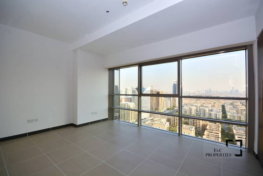 16 One month FREE I The Highest Floor I Golf Course view