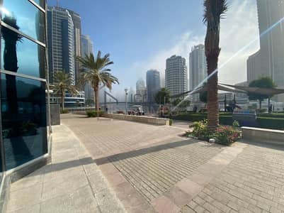 Shop for Rent in Dubai Marina, Dubai - FANTASTIC FULL MARINA VIEW Retail Shop with OUTDOOR SEATING UPSTAIRS for rent - 500K!