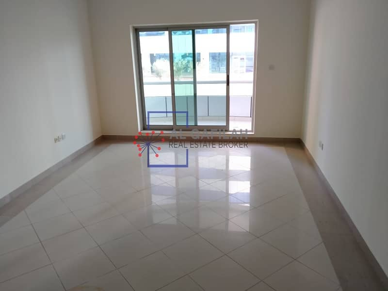2 AMAZING 2 BEDROOM FLAT FOR LIVING |