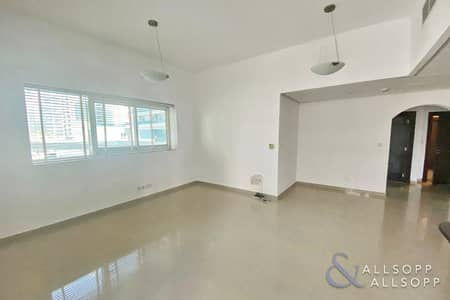 شقة 1 غرفة نوم للبيع في دبي مارينا، دبي - Huge Balcony | Close To The Beach | 1 Bed