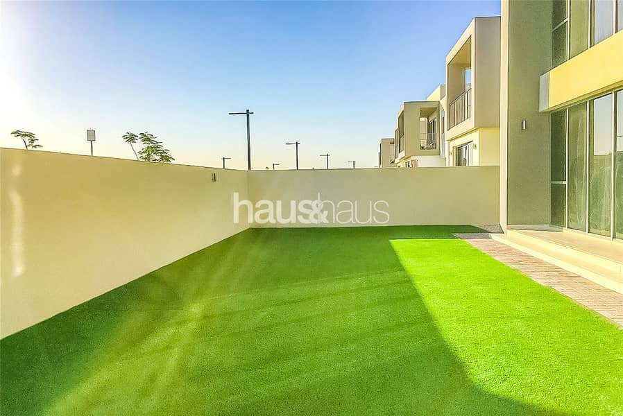 Single Row E3 | Four Bedrooms | Road Backing