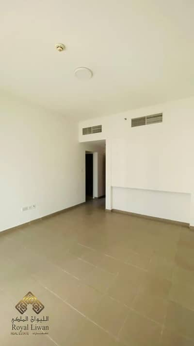 1 Bedroom Apartment for Rent in Dubai Residence Complex, Dubai - UNFURNISHED|1 BED|VACANT