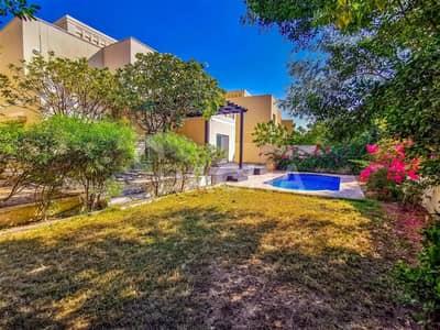 5 Bedroom Villa for Rent in The Meadows, Dubai - Spacious 5 BR / Private Pool & Garden in Meadows 4