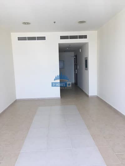High Floor / Well Maintained / Unfurnished