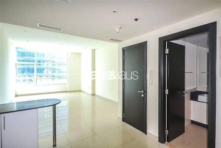 فلیٹ 1 غرفة نوم للايجار في دبي مارينا، دبي - Exclusive   One Bedroom Apt   Available Feb 15th