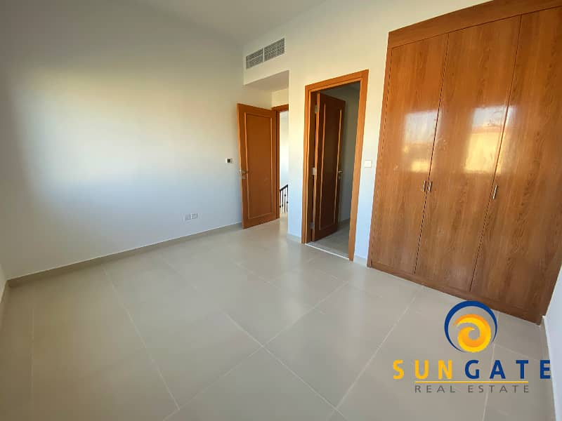 2 Two Bed | Single Row Facing Desert | D+