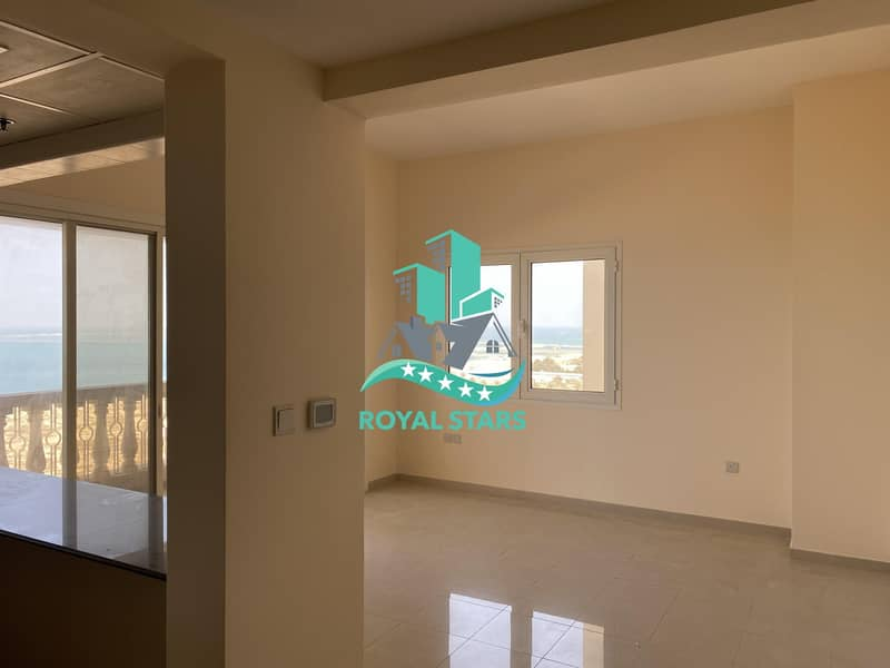 Amazing Sea View One Bedroom Apartment in the Royal Breeze Residence with Family Atmosphere