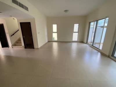 فیلا 3 غرف نوم للبيع في المدينة العالمية، دبي - فیلا في قرية ورسان المدينة العالمية 3 غرف 1450000 درهم - 4975073