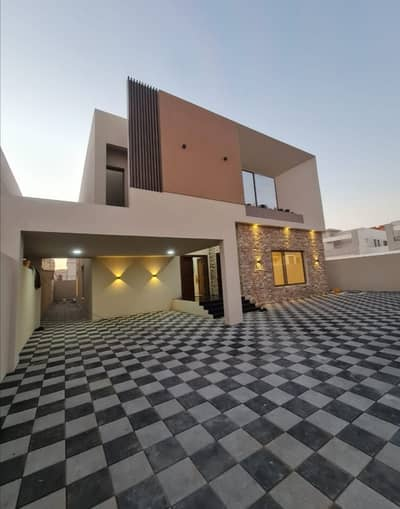 5 Bedroom Villa for Sale in Al Mowaihat, Ajman - Take the opportunity and own a super deluxe finished villa with a large bui