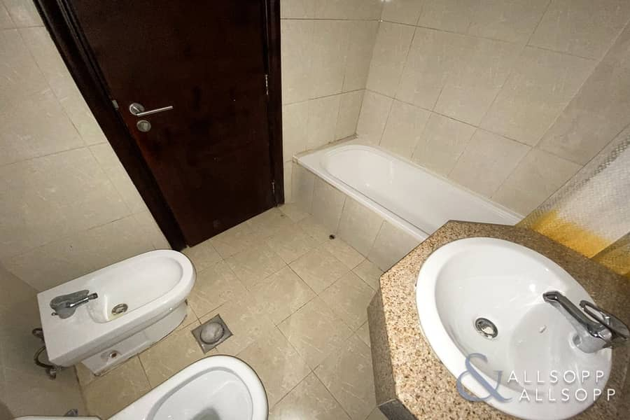 10 One Bedroom   Fully Furnished   Low Floor