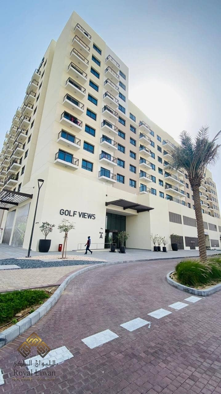 Brand New Apartment In Golf Views