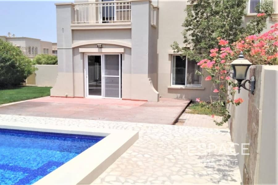 2 Large Plot 3 Bedrooms plus Study Room and Pool