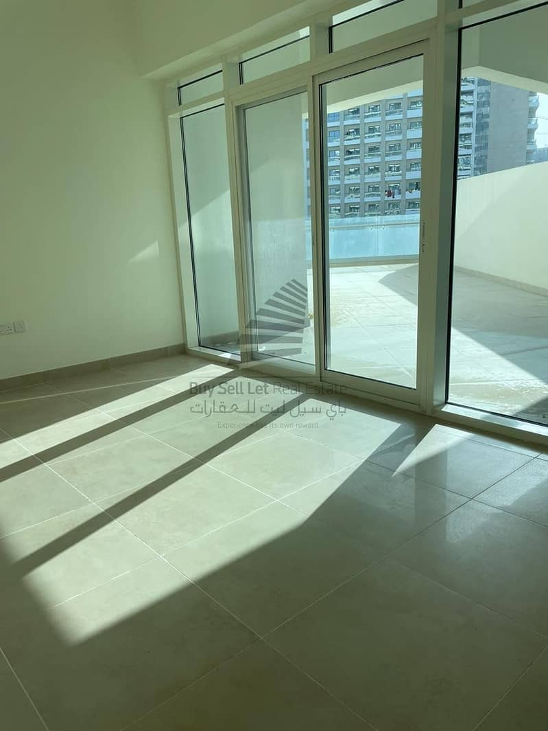 2 BEAUTIFUL BRIGHT 1 BEDROOM FOR RENT IN AZIZI ALIYAH RESIDENCE