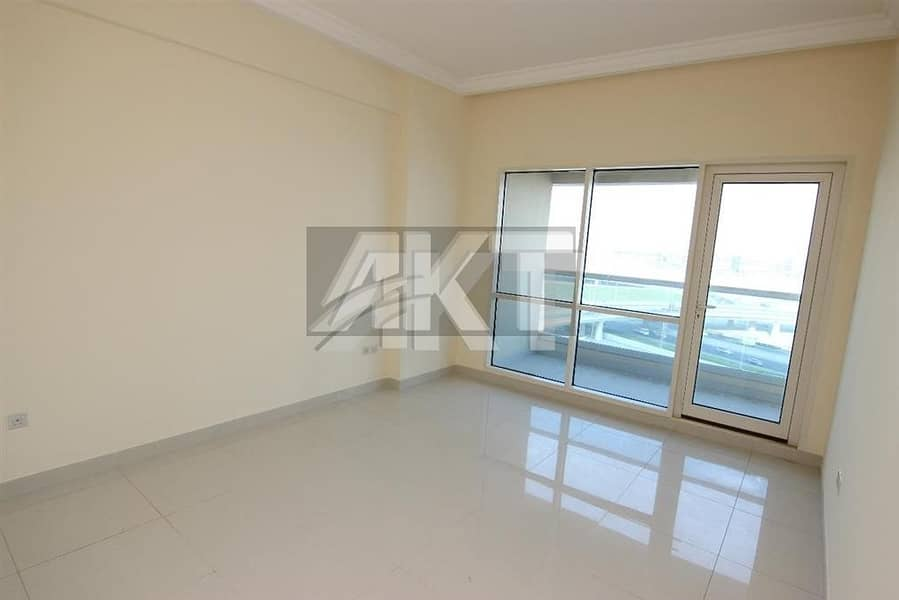 49 K / One Bed / Great Maintenace / RBC Tower