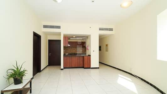 شقة 2 غرفة نوم للايجار في قرية جميرا الدائرية، دبي - chiller + dewa +maintenance+1 month free