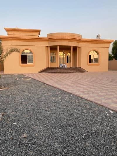 فیلا 3 غرف نوم للايجار في الجرف، عجمان - فیلا في الجرف 3 غرف 80000 درهم - 4574680