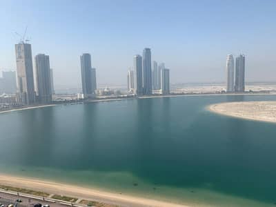 2 Bedroom Apartment for Rent in Al Khan, Sharjah - Sea view 2-BR Unit Vacant| with free covered parking