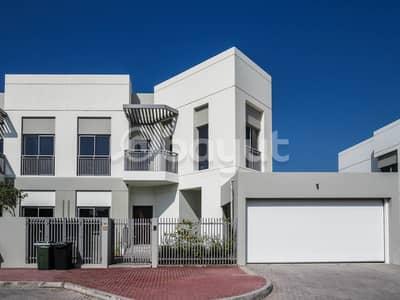 فیلا 5 غرف نوم للايجار في أم سقیم، دبي - فیلا في أم سقيم 1 أم سقیم 5 غرف 250000 درهم - 4803290