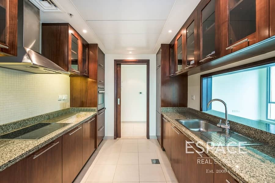 2 1 Bedroom | Sea View | Vacant July 2021