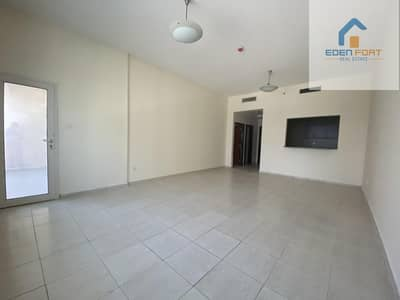 Chiller Free  Huge 1bhk  in Hamza Towers