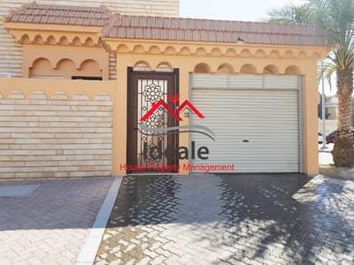 فیلا 3 غرف نوم للايجار في الزعاب، أبوظبي - Newly renovated 3BR villa + maid room | outside kitchen