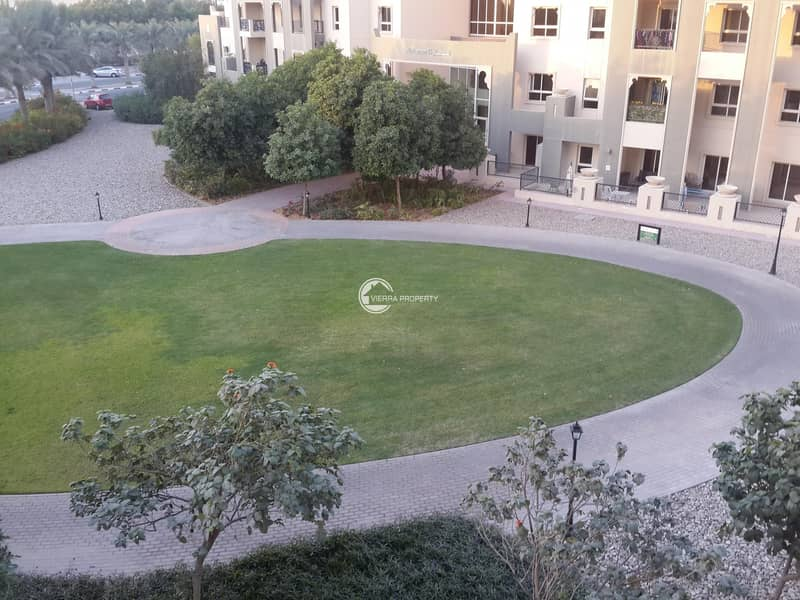 Spacious Balcony | Garden view|1 BR Unfurnished