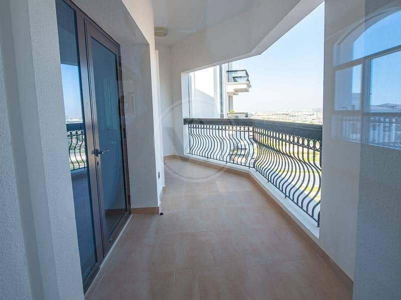 2 Luxury living | Fantastic views and facilities