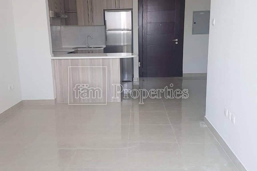 Best deal   2 Bedroom Apartment With Pool View