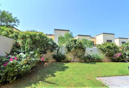 3 Bedroom Villa for Sale in Jumeirah Park, Dubai - Away from Cable | Legacy 3 Bed Small | District 8