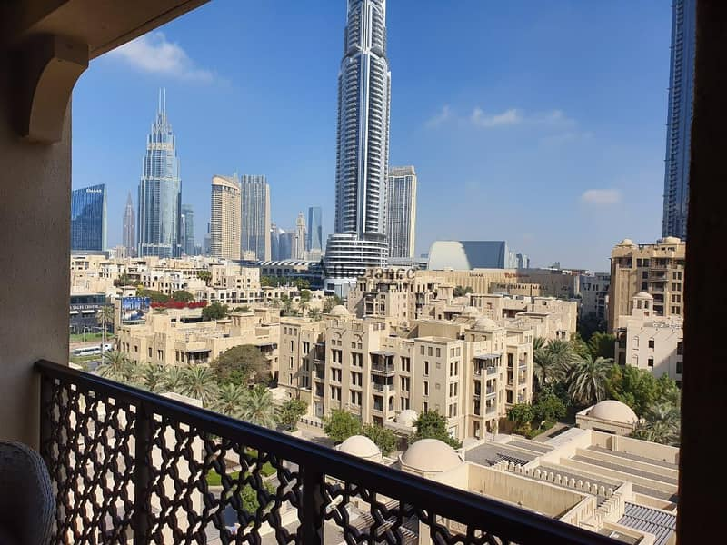 1 Amazing deal |Burj Khalifa & Old Town View |2 + maids