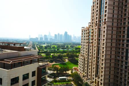 2 Bedroom Apartment for Rent in The Views, Dubai - Golf & Lake View | Large Balcony | Vacant