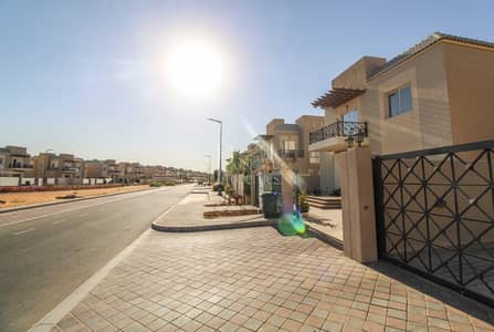Garden View   Well maintained Fully furnished 4BR+M