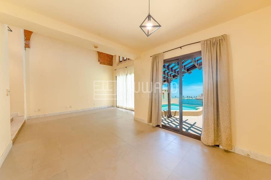 2 1 BHK Villa| Private Pool | Direct SeaView