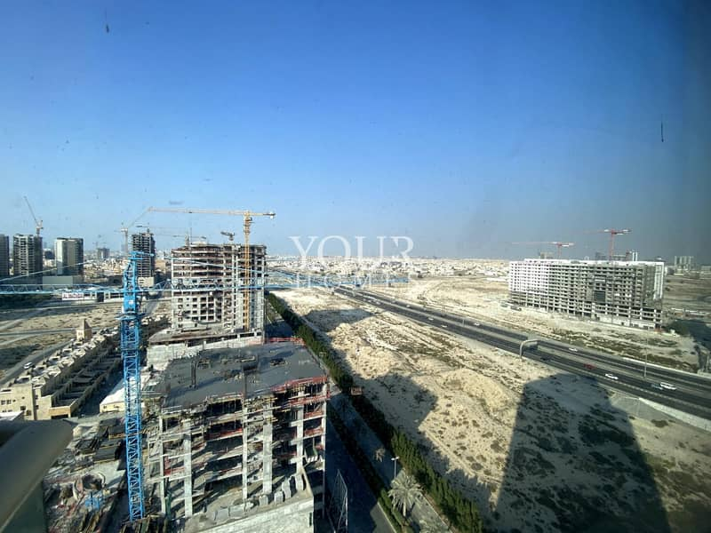 10 AS l Vacant 1 BR Apt For Sale in Dana Tower JVC