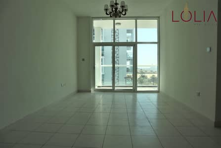 3 Bedroom Flat for Sale in Dubai Studio City, Dubai - Bright and Spacious 3Bhk w/ Balcony   Prime Location