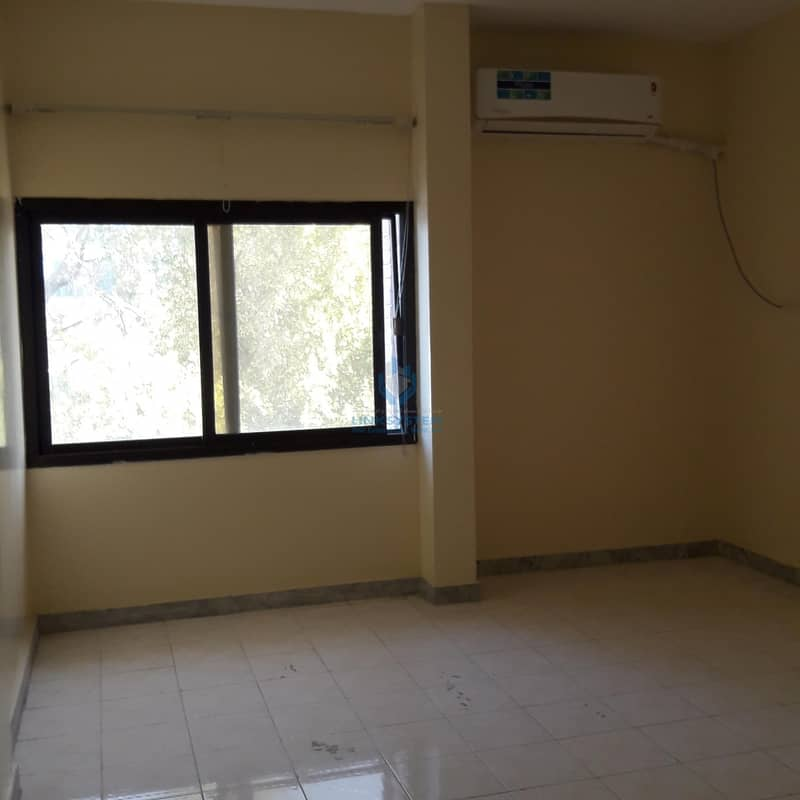 Building Apartment 2Bhk in lulu murbah near khaleej pharmacy