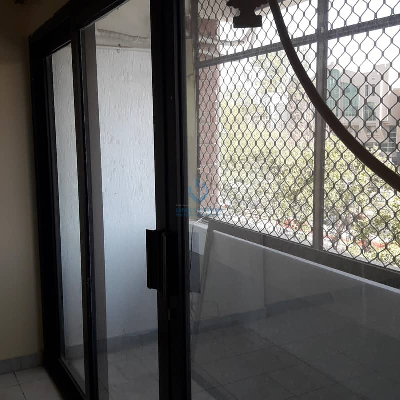 9 Building Apartment 2Bhk in lulu murbah near khaleej pharmacy