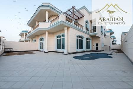 5 Bedroom Villa for Rent in Umm Suqeim, Dubai - Direct Access to Beach   Private Pool + Maid's Room